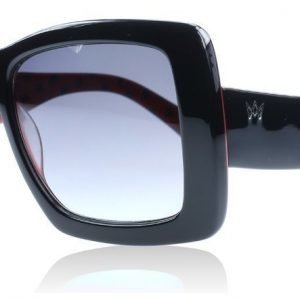 AM Eyewear Wild Child 77-BL-GRG musta Aurinkolasit
